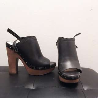 MOVING SALE: platform heels