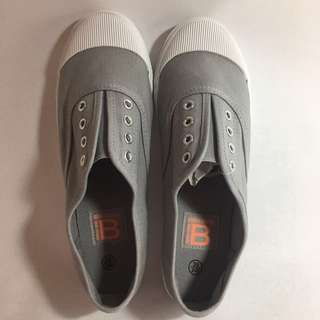 🚚 #降價---全新-#灰色布鞋 #免綁帶#39號