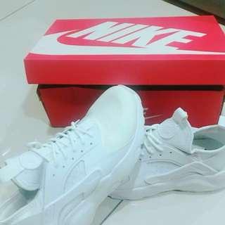 🚚 Nike武士鞋 白色