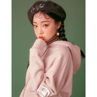 正韓製質感溫暖毛呢百搭必備貝雷帽 beret ( CHUU 正韓預購 ) 英文刺繡 蝴蝶結 貝蕾 韓妞 韓國飾品 帽子