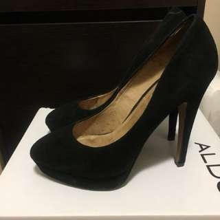 Aldo faux suede black heels