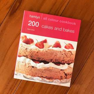 [Brand New] 200 cakes and bakes - All Colour Cookbook