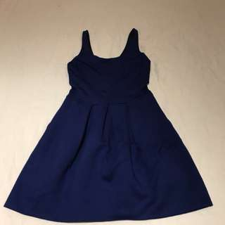 Aritzia Wilfred dress size two