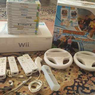 Wii +games and accessories