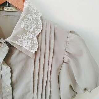 🚚 古著風蕾絲領雪紡襯衫
