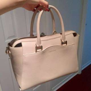 Charles and Keith Handbag in Beige #BlackFriday50