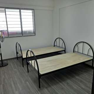 Lavender Mrt - Big common room for rent