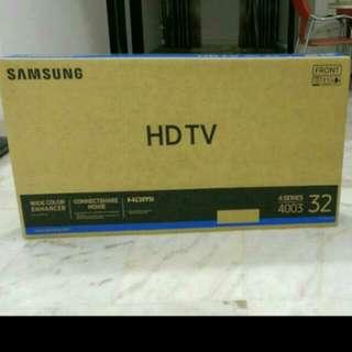 ✨ NEW Samsung 4 Series 32' inch Tv