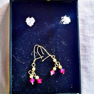 2 sets of Fansy Earrings