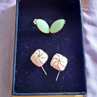 2 sets of Fansy Earrings2