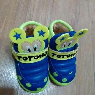 全新男童鞋加绒鞋子