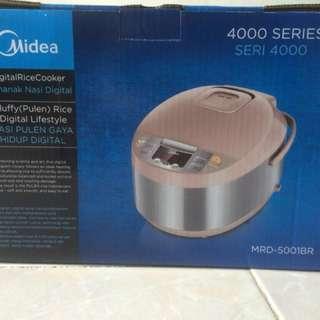 Midea magic com/rice cooker