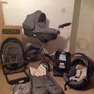 Stokke Xplory V4 Full Travel System in Black Melange