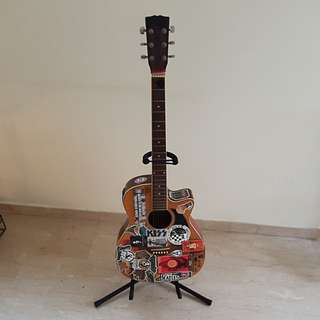 Pre-loved Folk Guitar with stand