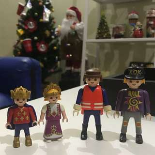 PLAYMOBIL Toy Figures Lot of 4pcs loose