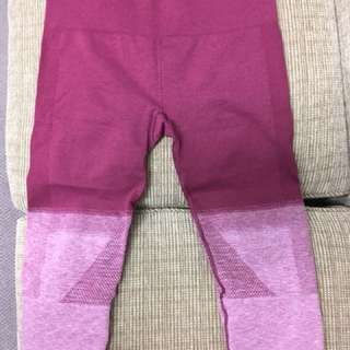 Lululemon seamlessly street crop dashing purple us8 au12