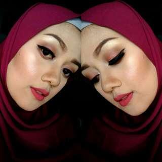 Booking makeup