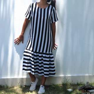 PRETTY IN PASTEL Black White Stripes Peplum Dress/Gaun