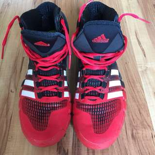 Adidas Basketball Shoes size US9 1/2, UK 9, insole 30cm, very good condition, moving out sale