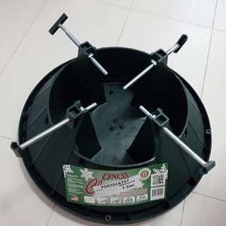 Xmas tree stand for 1.8m tree