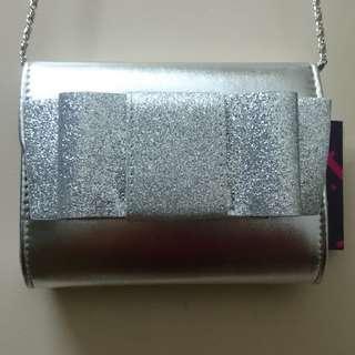 Fioni Silver Purse (New)
