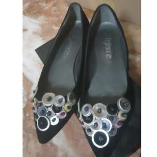 Figliarina Pointed Velvet Flats