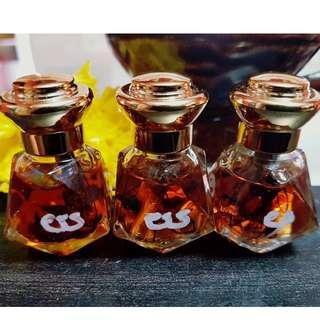 Love Attraction Oil (Wahn Sao Long)