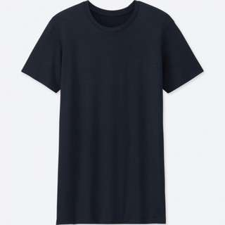 BNWT UNIQLO MEN HEATTECH Crew Neck T-Shirt (Short Sleeve)