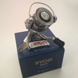 RYOBI Spinning Reel with Reel Bag