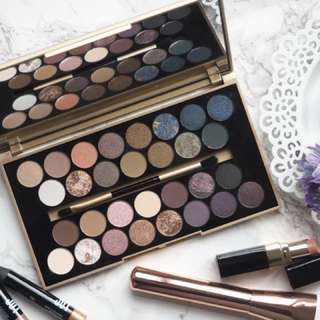 Makeup Revolution Fortune Favours The Brave Eyeshdaow Palette