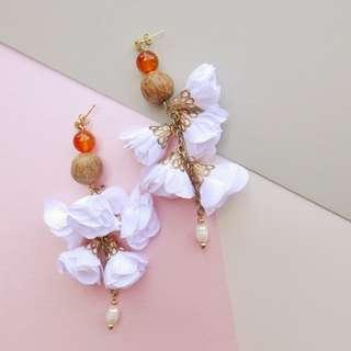Floral drop earrings