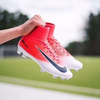 Nike Mercurial Superfly V motion blur