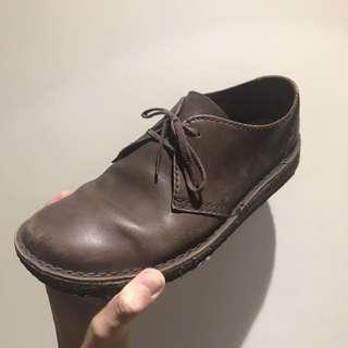 Clarks 真皮皮鞋