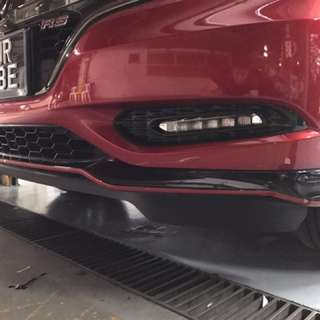 Honda vezel front and rear lip red stripes design!