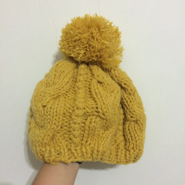 鵝黃貝雷毛帽