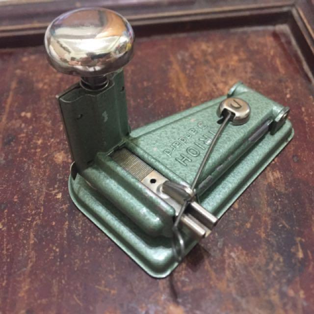 歐洲古董訂書機