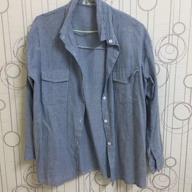 藍色直條紋襯衫