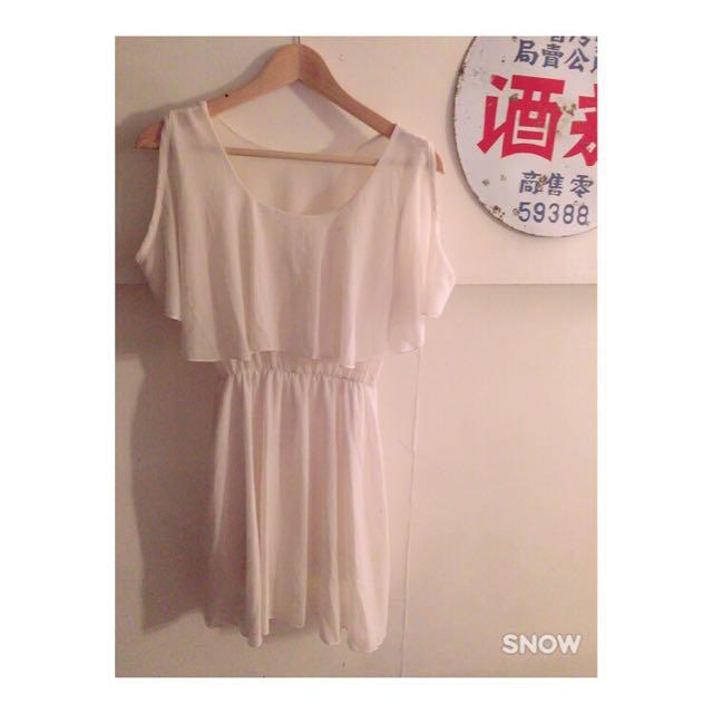 雪紡露肩白氣質洋裝