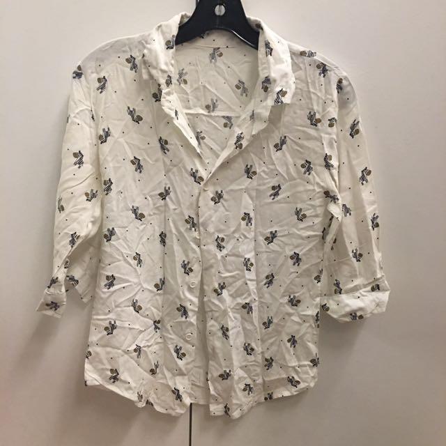 泰國設計師 舒服涼爽質料 小馬樣式白色襯衫 s號