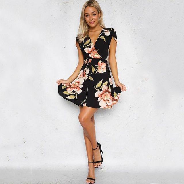 📬💌 Self-Tie Floral Dress