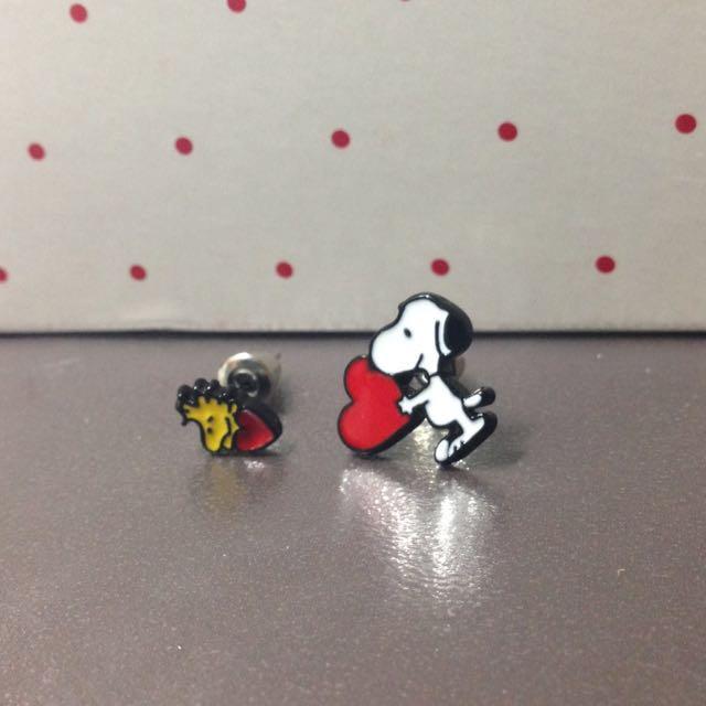 免運 超可愛Snoopy 不對稱耳環