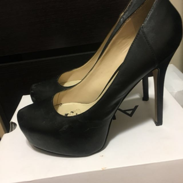 Aldo leather black heels