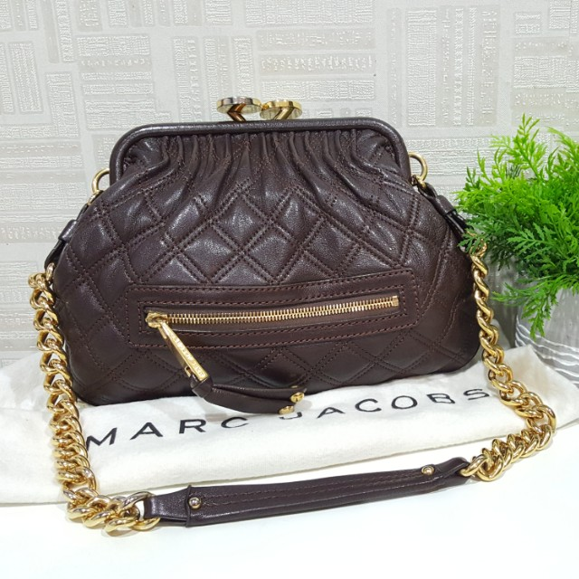 135b79a1e9fb Authentic Marc Jacobs Stam Quilted Gold Chain Bag