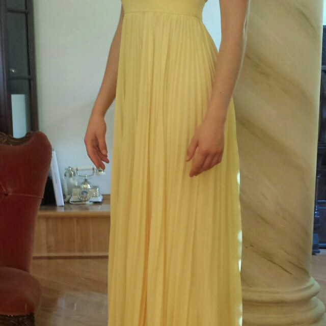 BARIANO dress for *rent*