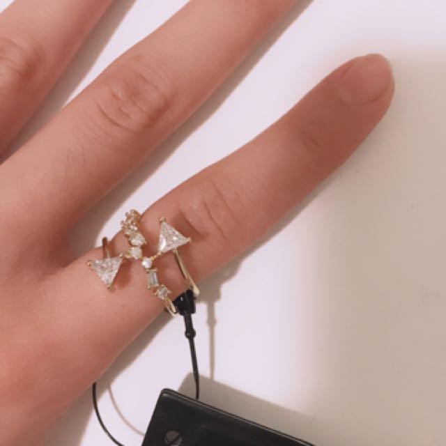 BCBG ring