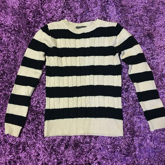 Black And Cream Stripped Wool Sweater