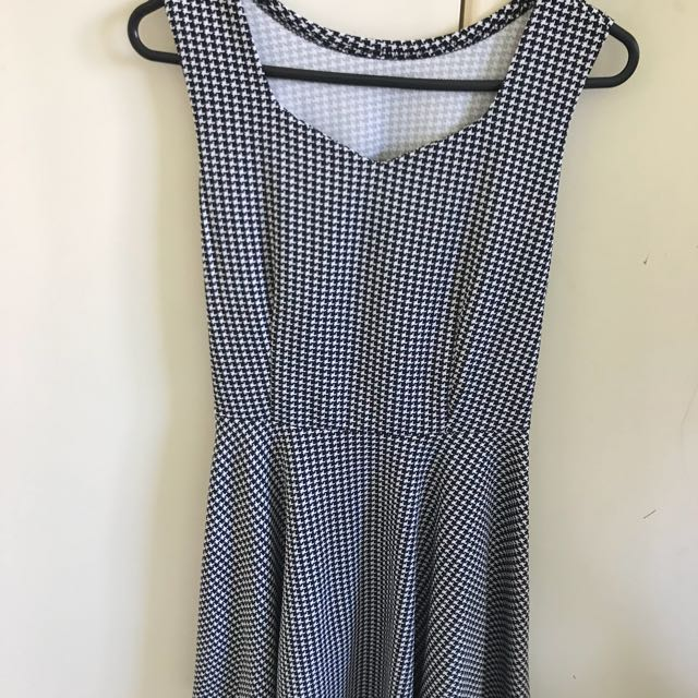 Black and white dress, size 8