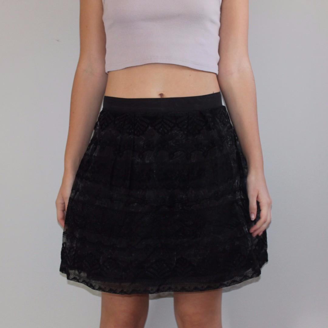 Black skirt - velvet detail