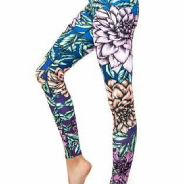BNWT Dharma Bums Yoga Leggings Small