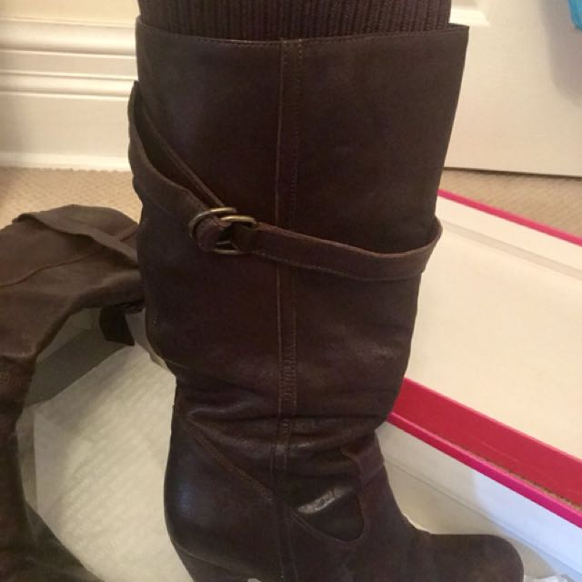 Brown leather 'Fornarina' boot with sock top. Sz 8